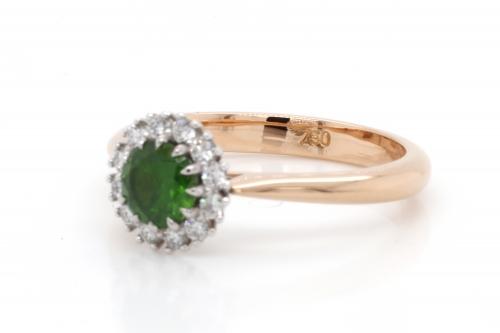 0.65 ct Demantoid Yellow Gold Ring with Diamonds